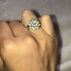 Jewelry - Vintage cocktail ring